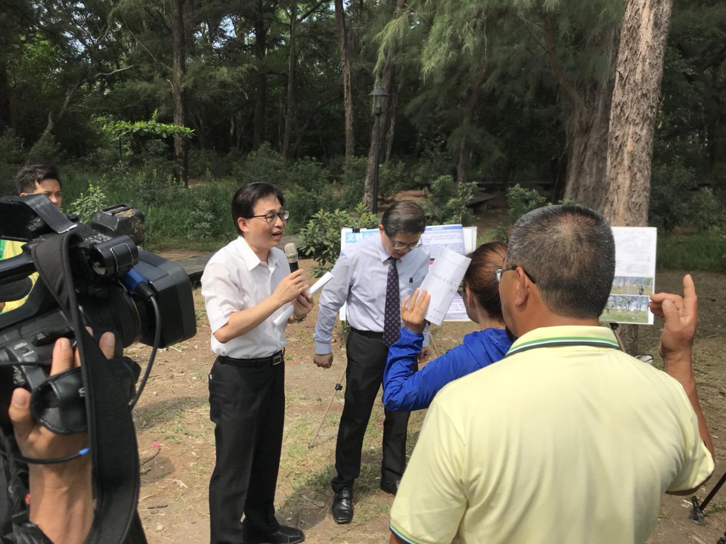 都發局莊局長親自解說漁光島活力海洋綠廊規劃
