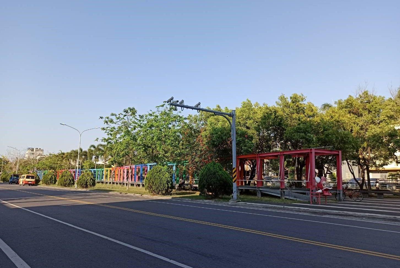 配合「新營美術園區」調整為公園道用地及公園道兼供水溝使用