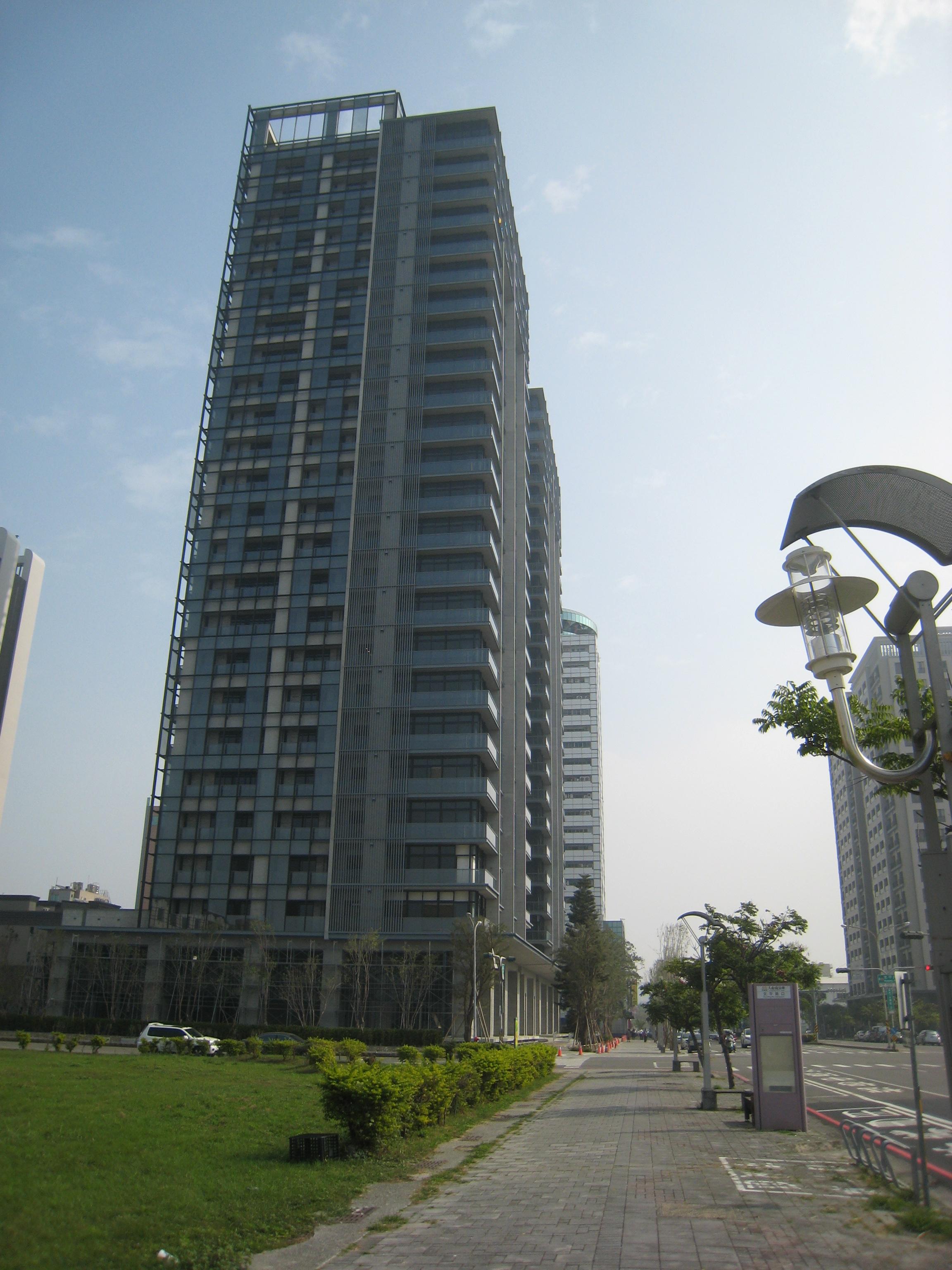 公園道容積提升,形塑優美天際線-永華路集合住宅